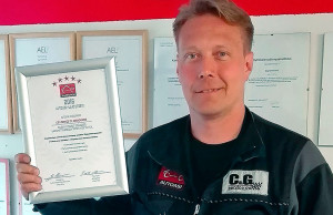 C & G Service Oy Kirkkonummelta on panostanut henkilökunnan kouluttamiseen ja yrityksen kehittämiseen. Ilmankos se läpäisi täysin pistein Autoasi-laatutestin.